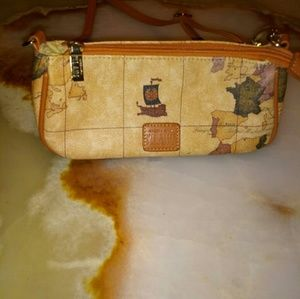 ❤ Alviero martini map purse